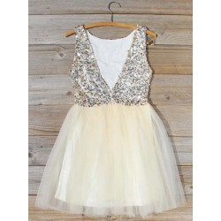 A-line V-neck Sequins Bodice Short/Mini Formal Dress Party/Cocktail Dress