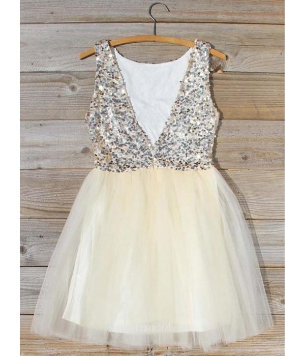 A-line V-neck Sequins Bodice Short/Mini Formal Dress Party/Cocktail Dress New Arrival
