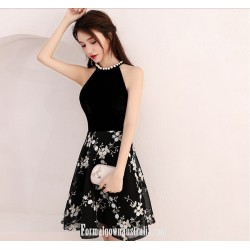 A Line Knee Length Black Semi Formal Dress Jewel Neck With Printing Party Dress