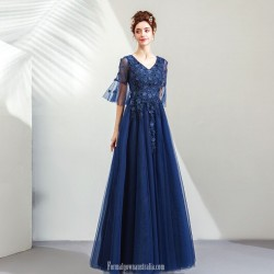 Noble Elegance Floor-Length Royal Blue Tulle Evening Dress With Appliques/Sequines Lace-up Pagoda Sleeve Prom Dress V-neck