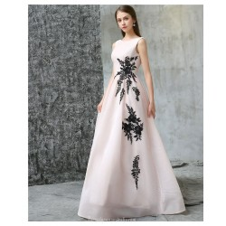 Elegant Floor-length Ivory Chiffon Evening Dress Lace-up Backless Party Dress With Black Embroidery