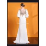 Elegant Sheath/Column Trailing White Satin Evening Dress Scoop-neck 3D Three-dimensional Flower Prom Dress With Beading/Sequines New