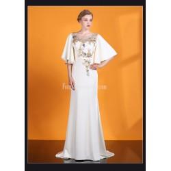 Elegant Sheath Column Trailing White Satin Evening Dress Scoop Neck 3D Three Dimensional Flower Prom Dress With Beading Sequines