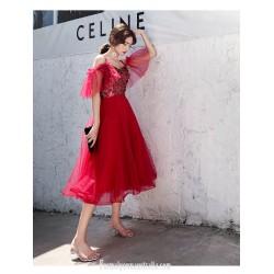 Glamorous Medium Length Red Tulle Semi Formal Dress Spaghetti Straps Zipper Back Prom Dress With Sequines