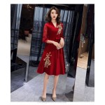 Noble Temperament Medium-length Red Satin Tulle Long Sleeve Formal Dress V-neck Zipper Back Exquisite Embroidery Prom Dress New