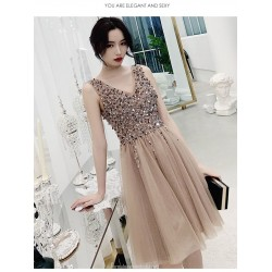 Fashion A-line Knee length Champagne Tulle Semi Formal Dress With Sequines Zipper Back V neck