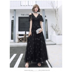 Noble Temperament Floor-length Lace-up Back Black Tulle Formal Dress With Sequines V-neck