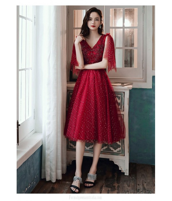 Brilliant A-line Medium-length Lace-up Back Red Tulle Semi Formal Dress With Sequines V-neck New