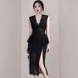 Sexy V-neck Sleeveless Black Lace Semi Formal Dress Slim Bag Buttocks Split