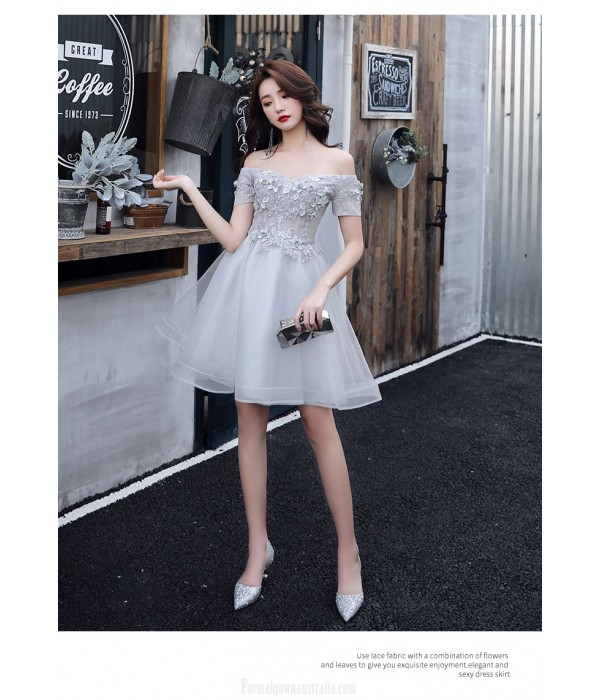 Sexy Short/Mini Off The Shoulder Lace-up Back Grey Tulle Semi Formal Dress With Appliques New