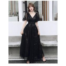 Noble Temperament A-line Floor-length Lace-up Back Black Tulle Formal Dress With Sequines V-neck