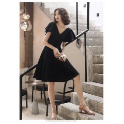 Fashion Knee Length Black Chiffon Semi Formal Attire Zipper Back V neck