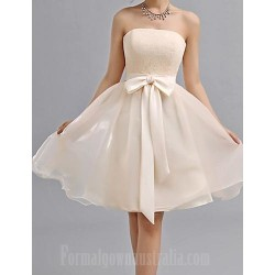 Short Knee-length Chiffon Bridesmaid Dress Champagne A-line Sweetheart