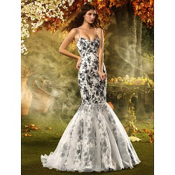 Fit Flare Petite Plus Sizes Dresses Wedding Dress Print Court Train Spaghetti Straps Lace Organza Satin