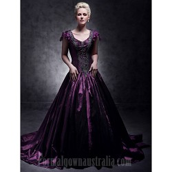 Australia Formal Dress Evening Gowns Quinceanera Sweet 16 Dress Grape Plus Sizes Dresses Petite Ball Gown A-line Princess V-neck Court Train Taffeta