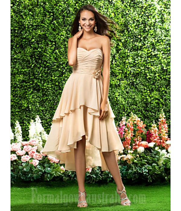 Asymmetrical Short Knee-length Chiffon Bridesmaid Dress Champagne Plus Sizes Dresses Petite A-line Princess Sweetheart Strapless Formal Dress Australia