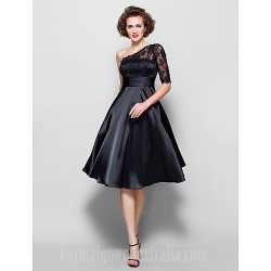 A-line Plus Sizes Dresses Petite Mother of the Bride Dress Black Short Knee-length Half Sleeve Lace Stretch Satin
