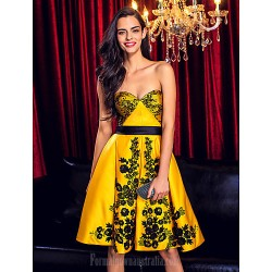 Australia Cocktail Party Dress Daffodil A-line Sweetheart Short Knee-length Lace Satin