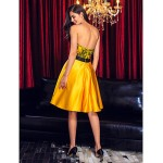 Australia Cocktail Party Dress Daffodil A-line Sweetheart Short Knee-length Lace Satin Formal Dress Australia