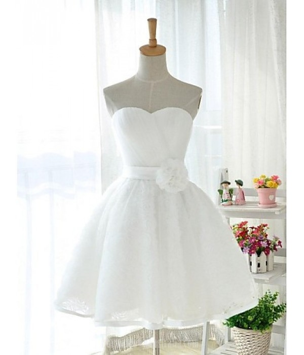 Short Knee-length Tulle Stretch Satin Bridesmaid Dress White Ball Gown Sweetheart Formal Dress Australia