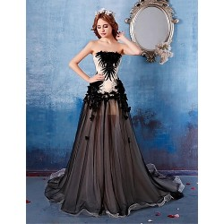 Australia Formal Dress Evening Gowns Black A-line Strapless Chapel Train Satin