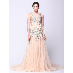 Australia Formal Dress Evening Gowns Champagne Fit Flare V-neck Court Train Tulle