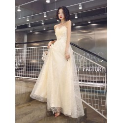 Elegant Floor-length Champagne Tulle Evening Dress Lace-up Fashion Strapless Formal Dress With Sequines